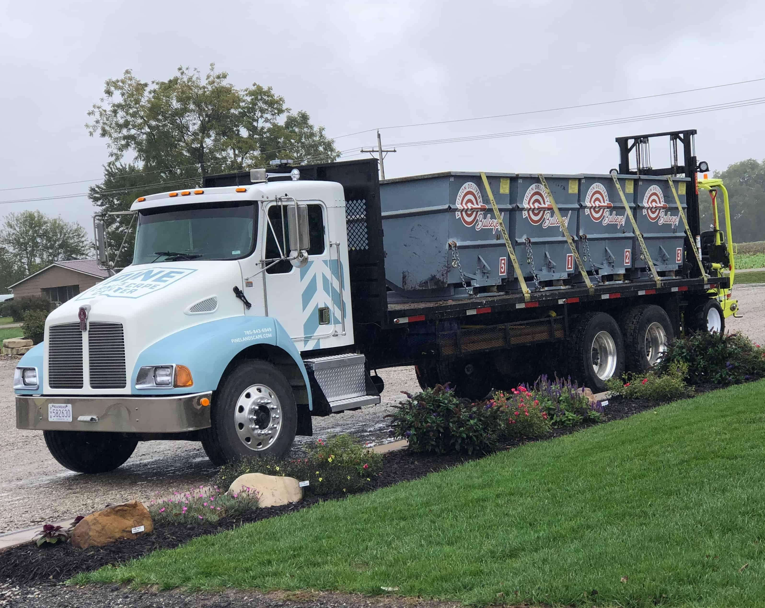 Flatbed Truck w_bins